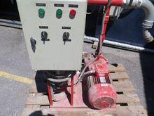 Electric fire pump with main pu