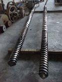 Extruder 2 corotating screw mad