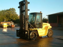 Used 2004 Hyster H9.