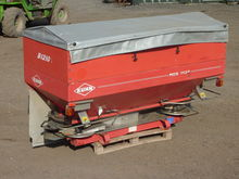 2004 Kuhn MDS1132