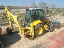 2005 New Holland LB95