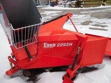 2015 Esko 2252