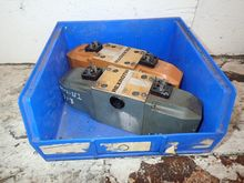 Used REXROTH VALVES