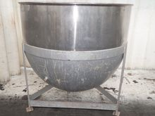 Used S/S KETTLE in E