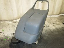 2006 NU SOURCE CS FLOOR SWEEPER