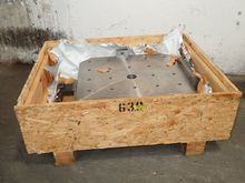 Used MACHINE TABLE i