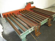 ROACH POWER ROLLER CONVEYOR
