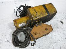 YALE KEL1-10LG15S1 ELECTRIC HOI
