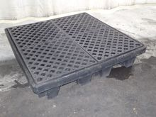 Used PIG SPILL CONTA