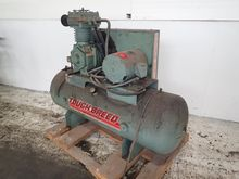 GARDNER DENVER AIR COMPRESSOR