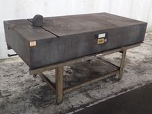 DOALL GRANITE SURFACE PLATE W/