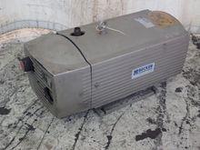 2001 BECKER VT 440 VACUUM PUMP