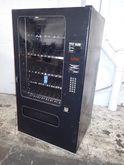 FSI 3076 VENDING MACHINE
