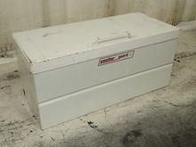 WEATHER GUARD 9042 JOB BOX