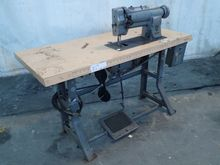 SINGER 211W151 SEWING MACHINE 1