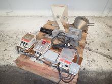 MOULD - TEK HOPPER / FEEDER W/