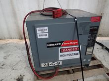HOBART 880C3-12 BATTERY CHARGER
