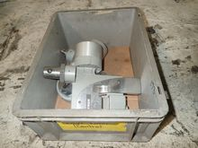Used INSTRON GAGES Q