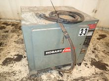HOBART 725C3-18 BATTERY CHARGER