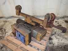 Used WRIGHT HOIST in