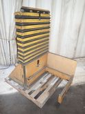 KNIGHT PNEUMATIC LIFT TABLE