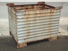 Used STACKABLE STEEL