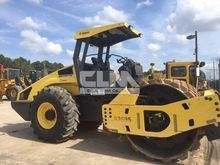 2014 BOMAG BW213PD