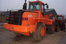 2002 DAEWOO MEGA 250