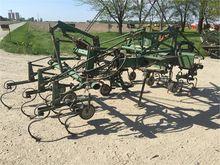 used OLIVER 751 Agricultural Eq