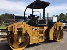 2015 Caterpillar CB44B CY Tande