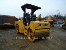 2011 Caterpillar CB434D XW Tand