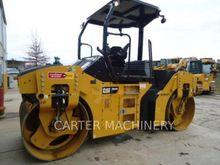 2014 Caterpillar CB44B Tandem r