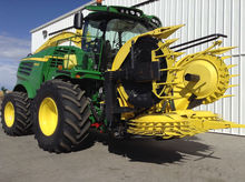 2015 John Deere 8600