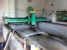 Automatic polishing granite and