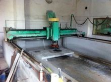Automatic polishing granite and