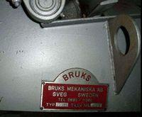 BRUKS 1996 wood chipper wood ch