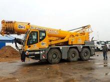 2011 mobile crane LIEBHERR - LT
