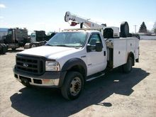 2005 FORD F550 XL SD