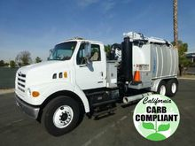 2002 Sterling L7500 Aquatech B-