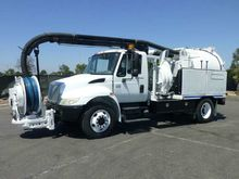 2003 International 4300 Vacon V