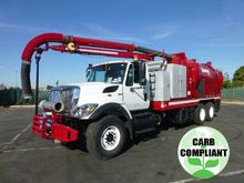 2009 International 7400 Vac-Con