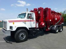 2000 International 2674 Vac-Con