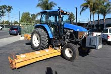 2002 New Holland Agriculture TS