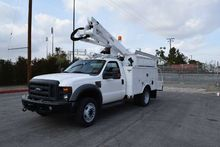 2010 Ford F550 4x4 Altec AT37-G