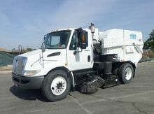 2008 International 4300 Tymco 6