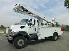 2009 International 7300 4x4 Alt