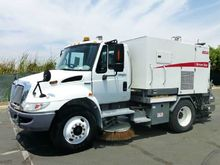 2007 International 4300 Elgin B