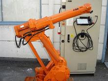 4400 Handling robot