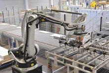 2004 Kuka Handling robot