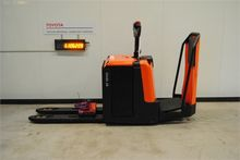 2014 BT LPE240 Low lifter